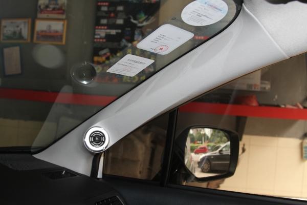 佛山汽车音响改装 斯巴鲁XV音响改装低音炮补型箱备胎倒模高清图片